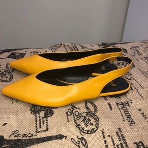 NWOB H&M  Slingback Pointed Toe Flat Sandal